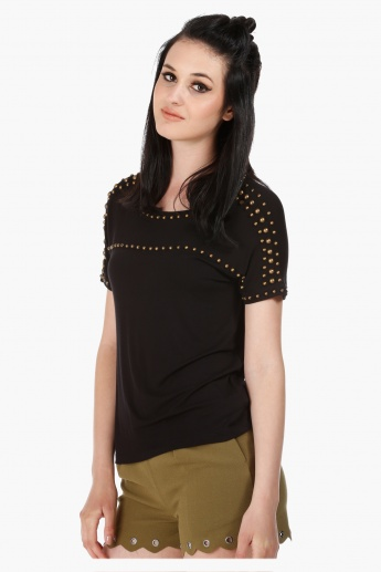 Drop Shoulder Top with Studs in Regular Fit