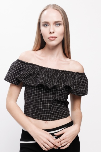 Chequered Crop Top with Off Shoulder Pattern