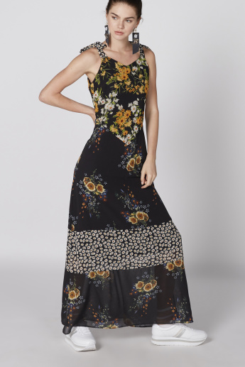 4c6f8864102 Floral Printed Sleeveless Maxi Dress with Tie Up