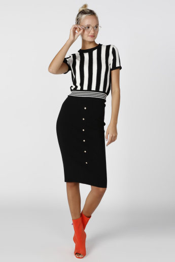 Textured Midi Bodycon Skirt with Button Detail