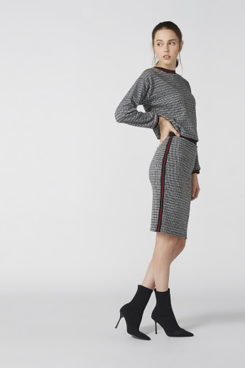 Chequered Top in Regular Fit with Long Sleeves