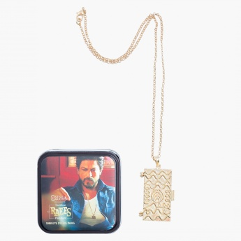 Raees Pendant Necklace with Lobster Clasp Fastening