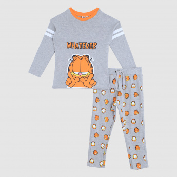 Iconic Garfield Printed T-Shirt and Pajama Set