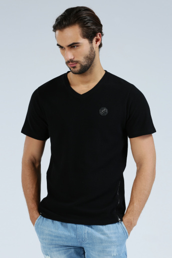 Iconic Short Sleeves T-Shirt with Zip and Badge Detail