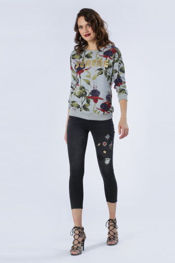 Iconic Cropped Jeans with Applique and Zip Detail