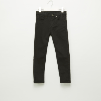 Iconic Full Length Jeans with 5 Pockets and Button Closure