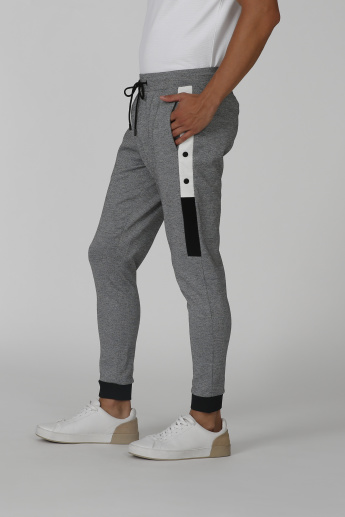 Iconic Slim Fit Full Length Mid Waist Jog Pants with Pocket Detail