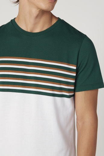 Iconic Slim Fit Striped T-shirt with Round Neck and Short Sleeves