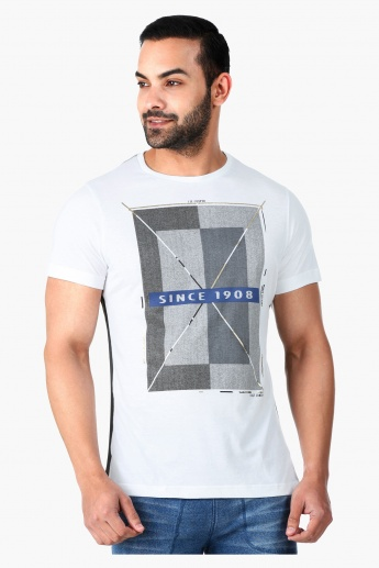 Lee Cooper Printed T-Shirt with Short Sleeves in Regular Fit