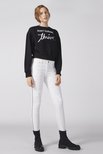 Printed Crop Sweatshirt with Round Neck and Long Sleeves