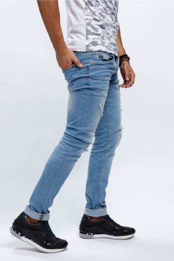 Full Length Distressed Jeans in Skinny Fit