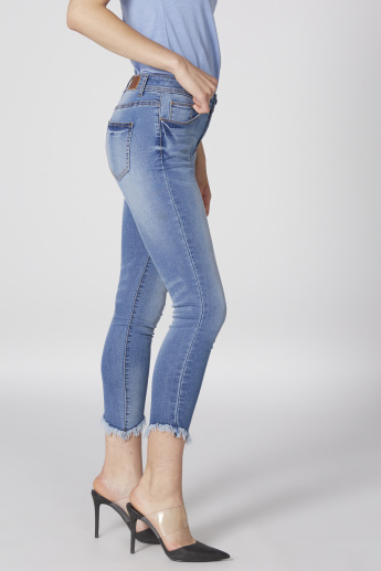 Distressed Cropped Jeans with Button Closure and Pocket Detail