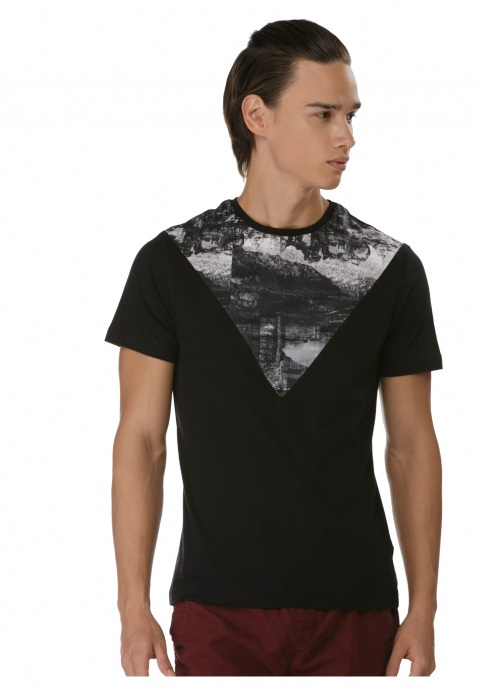Printed Round Neck T-shirt