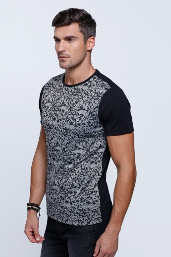 Printed Short Sleeves T-Shirt with Crew Neckline