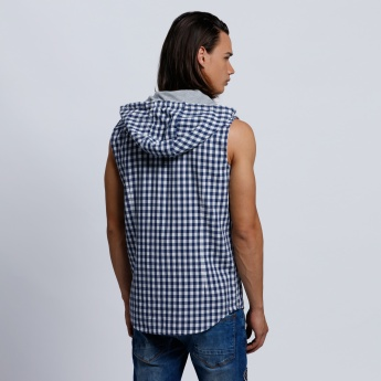 Eco Friendly Chequered Sleeveless Shirt with Hood