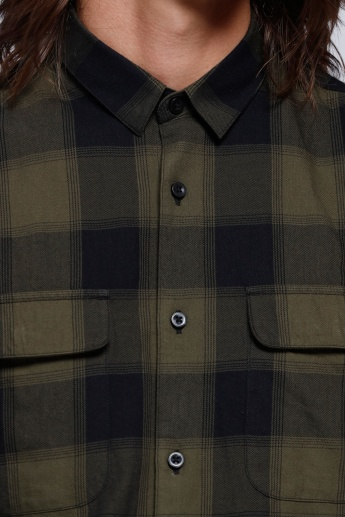 Chequered Shirt with Complete Placket