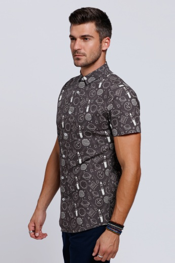 Printed Short Sleeves Shirt with Complete Placket