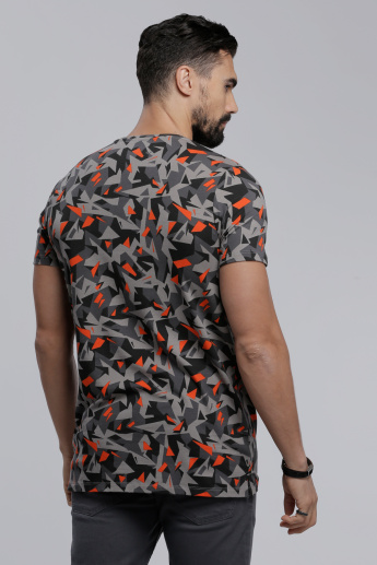 Printed Crew Neck T-Shirt with Short Sleeves in Slim Fit