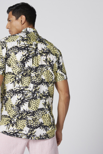 Printed Shirt with Short Sleeves and Button Placket