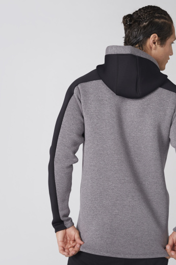 Long Sleeves Sweatshirt with Hood