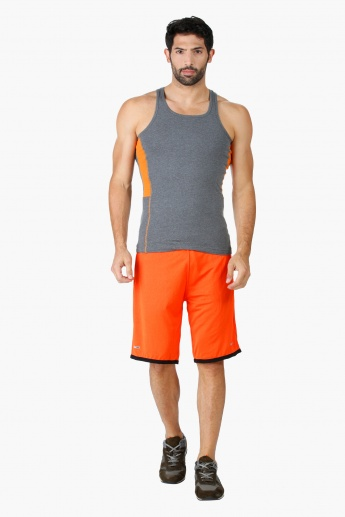 Woven Shorts in Regular Fit