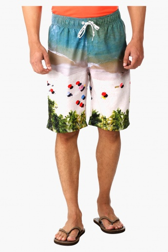 Printed Boardshorts with Back Lip Pocket in Regular Fit