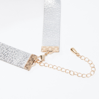Textured Choker Necklace with Lobster Clasp