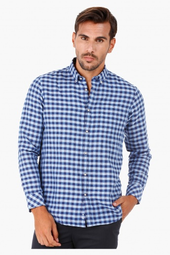 Checked Linen Shirt with Long Sleeves in Regular Fit