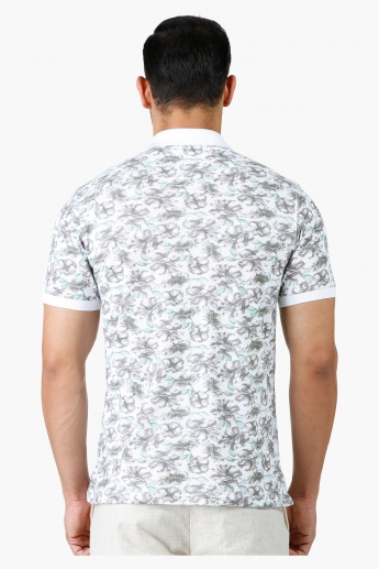 Floral Print T-Shirt with Polo Neck and Short sleeves in Regular Fit