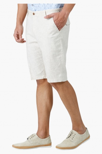 Chino Shorts in Regular Fit