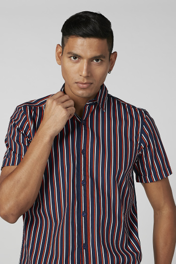 Sustainability Striped Shirt in Slim-Fit with Short Sleeves