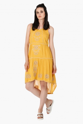 Sleeveless Rayon Dress with Embroidery and Scoop Neck in Regular Fit