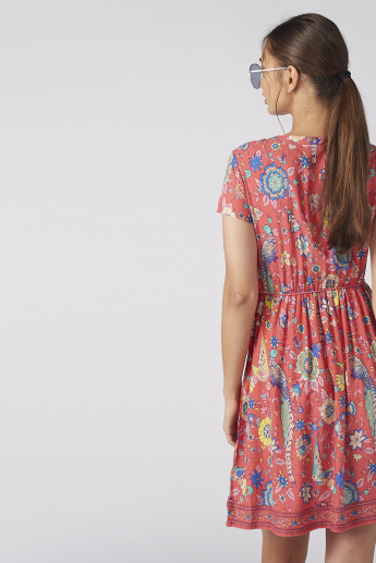 Printed Mini Dress with Short Sleeves and Tie Ups