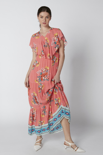 Floral Printed Maxi Dress with V-Neck and Extended Sleeves