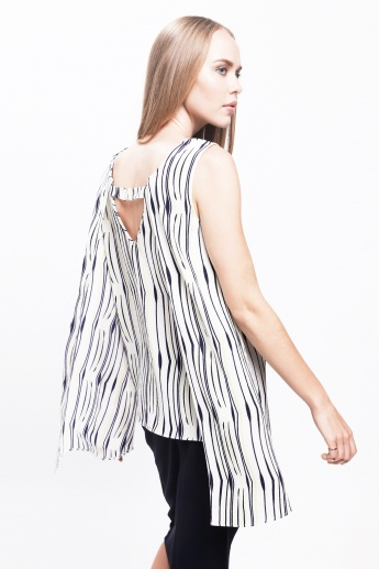 Printed Sleeveless Top with Buckle Back