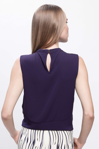 Sleeveless Top with Tie-Up Hem