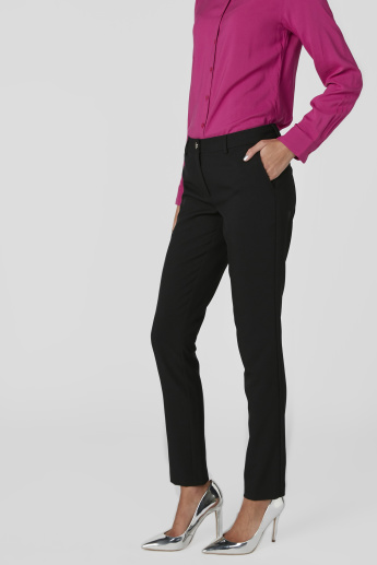 Pocket Detail Low-Rise Trousers in Skinny Fit