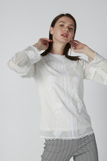 Embroidered Top with Crew Neck and Long Sleeves