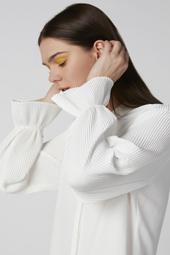 Plain Shirt with Pleated Long Sleeves and Concealed Placket