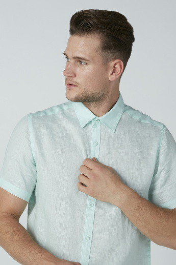 Solid Casual Shirt with Short Sleeves and Complete Placket