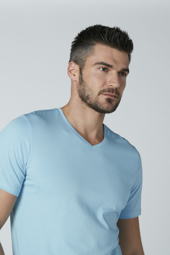 Solid T-shirt with Short Sleeves and V-neck