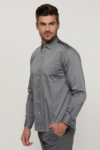 Arrow Shirt with Long Sleeves and Complete Placket