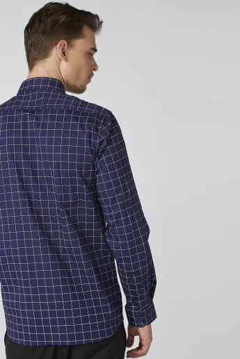 Arrow Chequered Shirt with Long Sleeves and Complete Placket