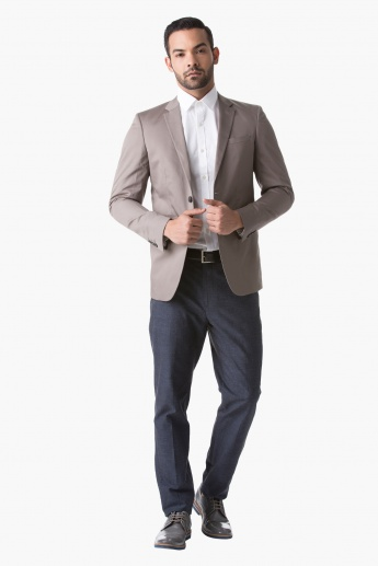 Formal Textured Jacked with Notched Lapel and Long Sleeves in Slim Fit
