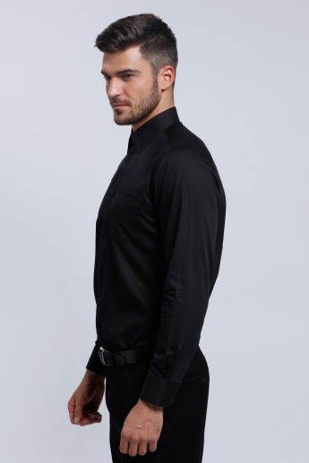 Long Sleeves Shirt with Complete Placket in Regular Fit