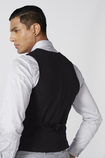 Sleeveless Waistcoat with Complete Placket and Square Pocket
