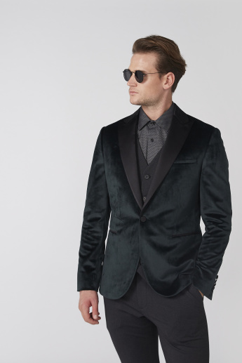 Notched Lapel Textured Blazer with Long Sleeves and Button Closure
