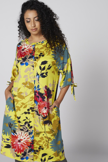 Floral Printed Pocket Detail Tunic with 3/4 Sleeves and Tie Ups