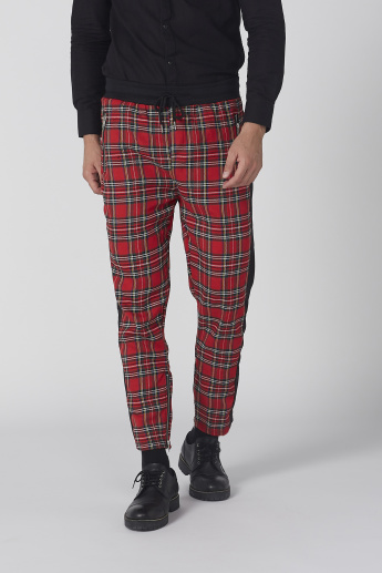 Chequered Pants with Tape and Pocket Detail