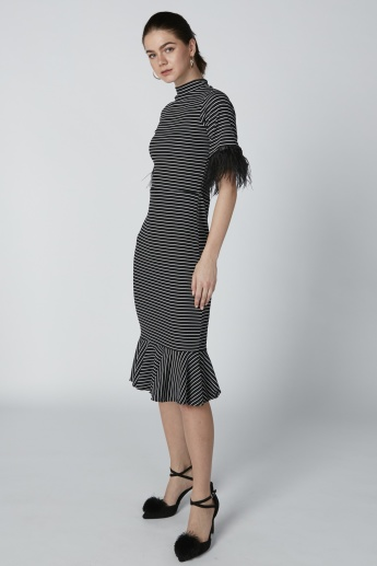 Striped Midi Bodycon Dress with Short Sleeves
